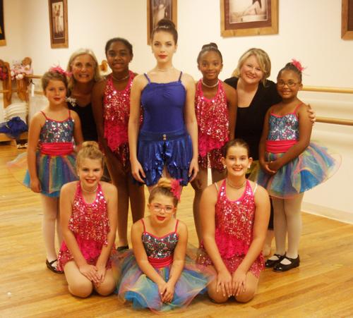 Miss Cindy's dancers